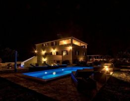 Vacation House Villa Divina