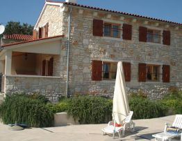 Vacation House VILLA MIRTA