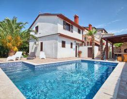 Apartman Villa Kascuni A2