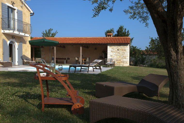 Kanfanar villa rustica rovinj private accommmodation for Villas rusticas